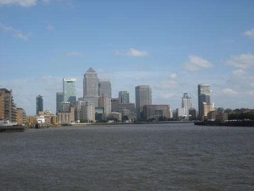 Canary Wharf vista dal Tamigi. Londra 2011© Paola Cacciari