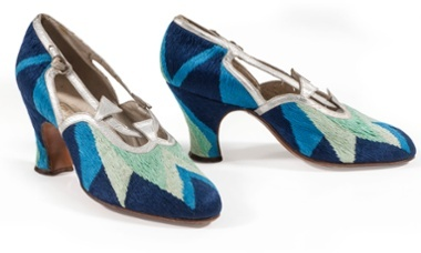 Court shoes, 1925. Courtesy Musée de la Mode et du Textile, Paris