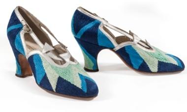 Court shoes, 1925. Courtesy Musée de la Mode et du Textile, Paris