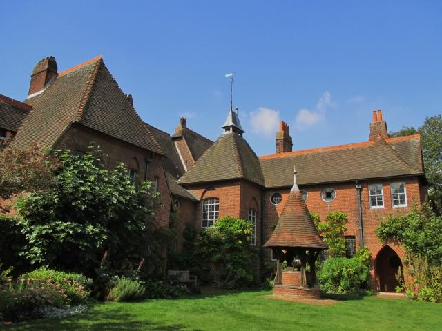Fuori dagli itinearari turistici: The Red House