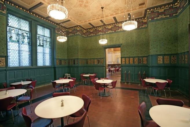 William Morris room©Victoria and Albert Museum
