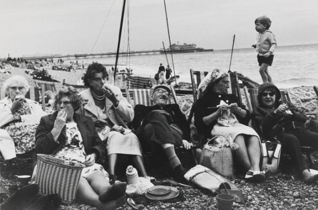 Brighton Beach, 1966, Tony Ray Jones © National Media Museum, Bradford