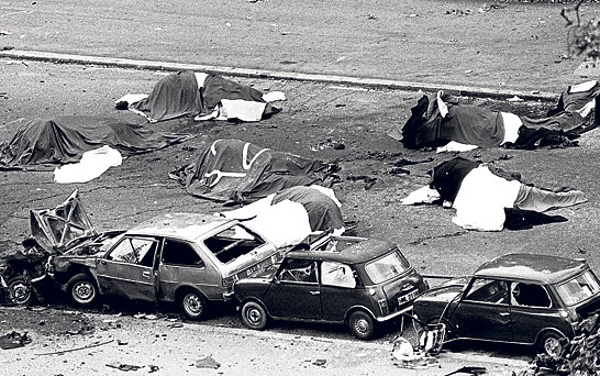 Horses lay dead among the debris of the Hyde Park bombing in 1982 (PA)
