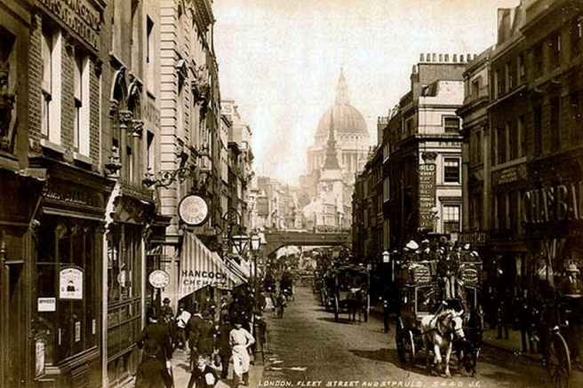 Fleet Street in London looking east towards St Paul's Cathedral. Photograph by James Valentine, c.1890.