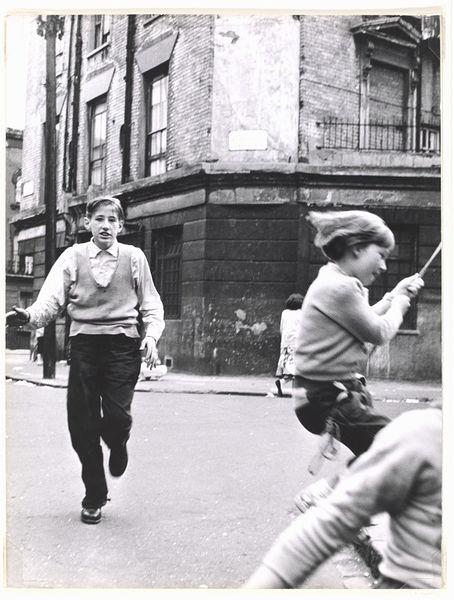 Southam Street, W10, 1956-1961. Roger Mayne. Copyright Roger Mayne