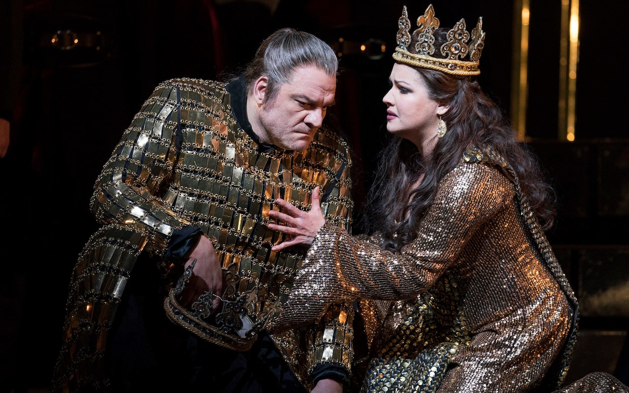 Anna Netrebko and Zeljko Lucic star as the scheming Macbeths. Royal Opera House 2018. Credit: Alistair Muir