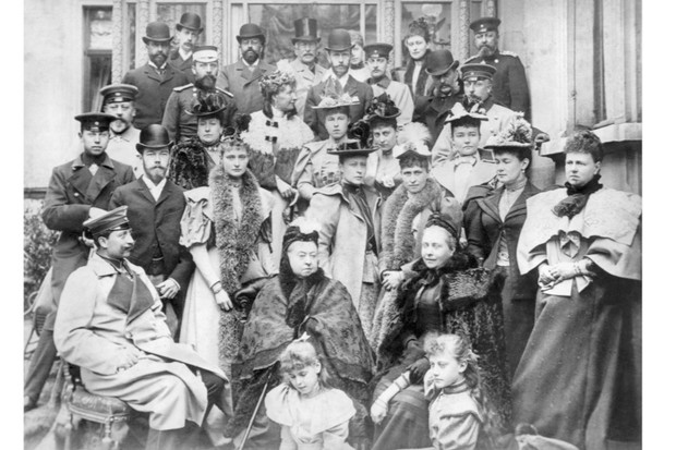 Family Portrait on Queen Victoria's 75th Birthday / Photo, 1894 Victoria 1819 – 1901,