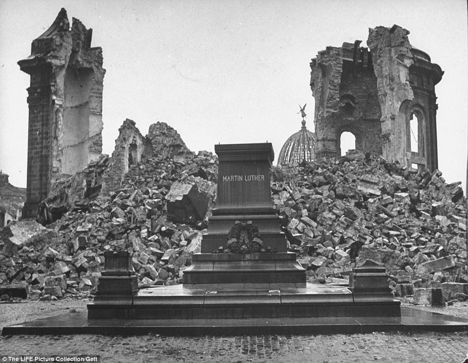 Dresden Frauenkirche Ruins