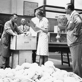 V&A staff pack ceramic objects, about 1939.
