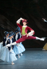 David Hallberg in the title role of Marco Spada.CreditDamir Yusupov Bolshoi Theatre
